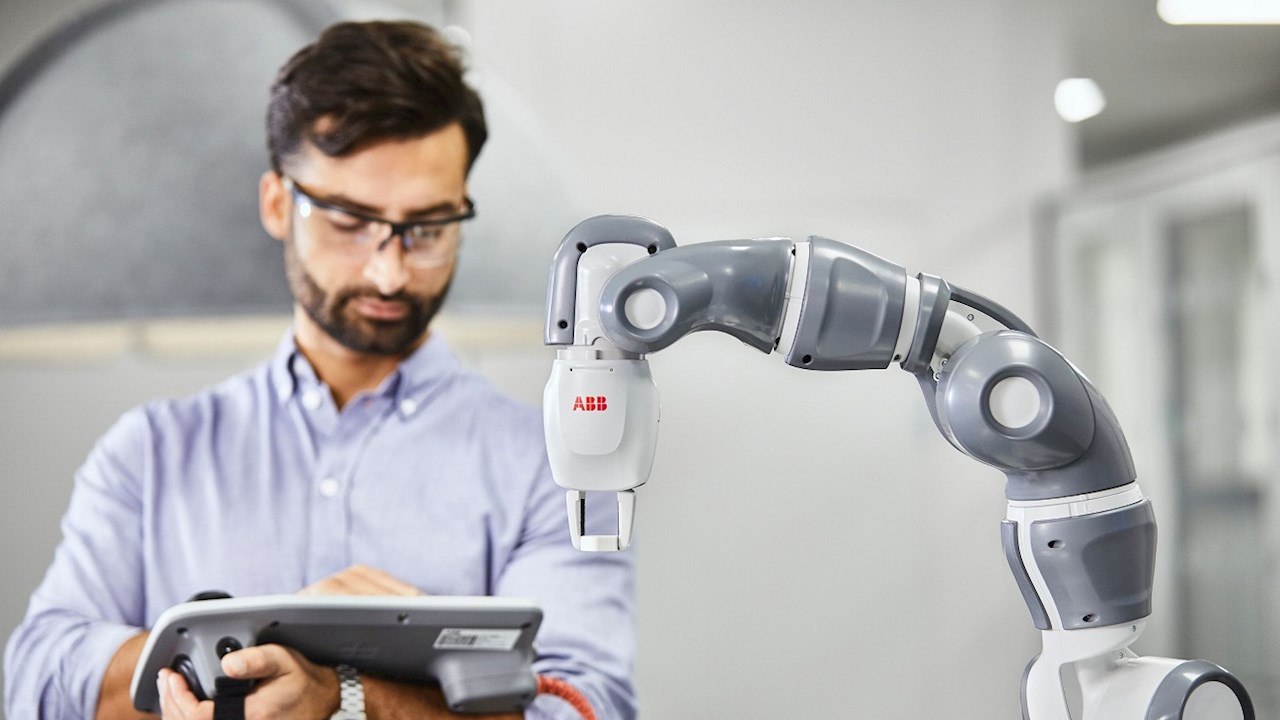 Food and beverage + artificial intelligence: creating the formula for success