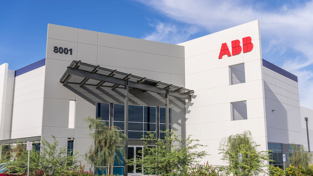 ABB Installation Products division officially opens a new distribution center in Phoenix