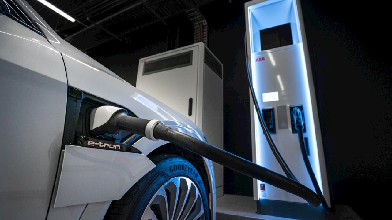 Audi και ABB συνεργάζονται στον τομέα της Ηλεκτροκίνησης με στόχο τη μείωση εκπομπών ρύπων στη Νέα Ζηλανδία
