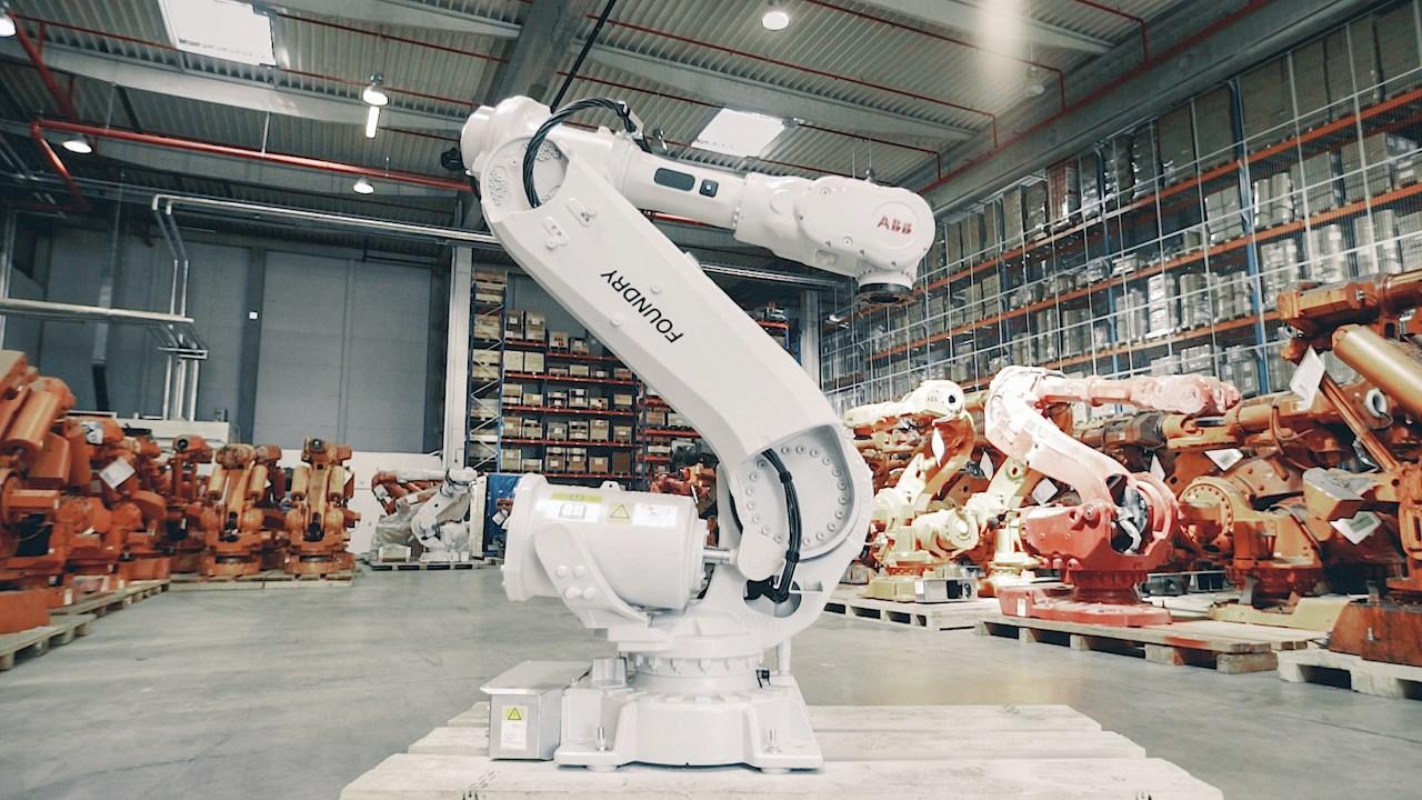 Mit dem weltweiten Netz der ABB-Standorte für die Wiederaufbereitung unterstützt ABB Kunden beim Recycling gebrauchter ABB-Roboter.