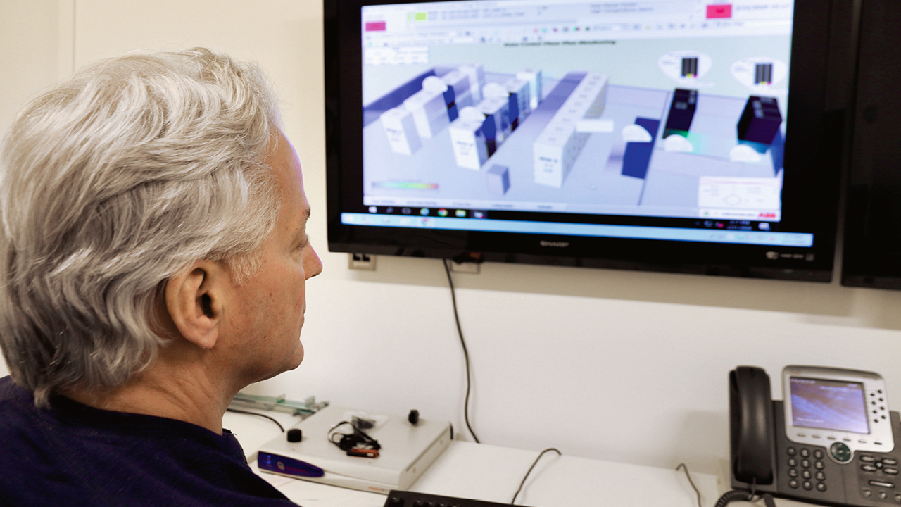 02a The system handles vast amounts of data; this enables rapid and accurate analysis and visualization of attributes.