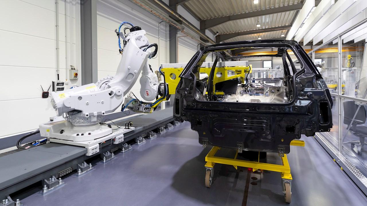 Dynamic Assembly Pack: ABB ergänzt letztes Puzzlestück zur Automatisierung der Endmontage