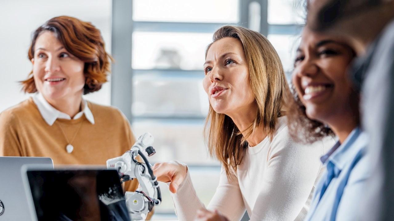 АББ поема ангажимент да удвои дела на жени на ръководни позиции