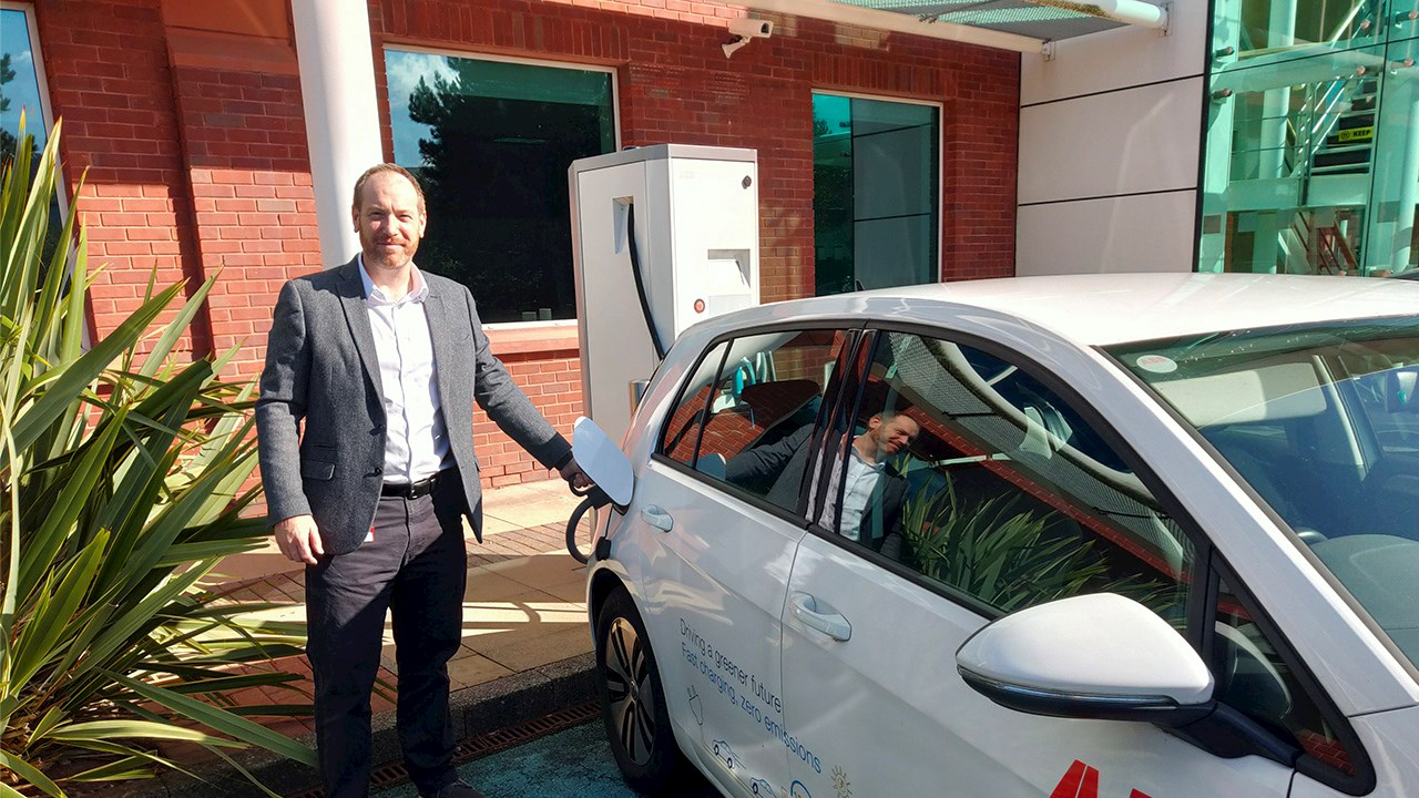 ABB announces transition to all-electric vehicle fleet in the UK