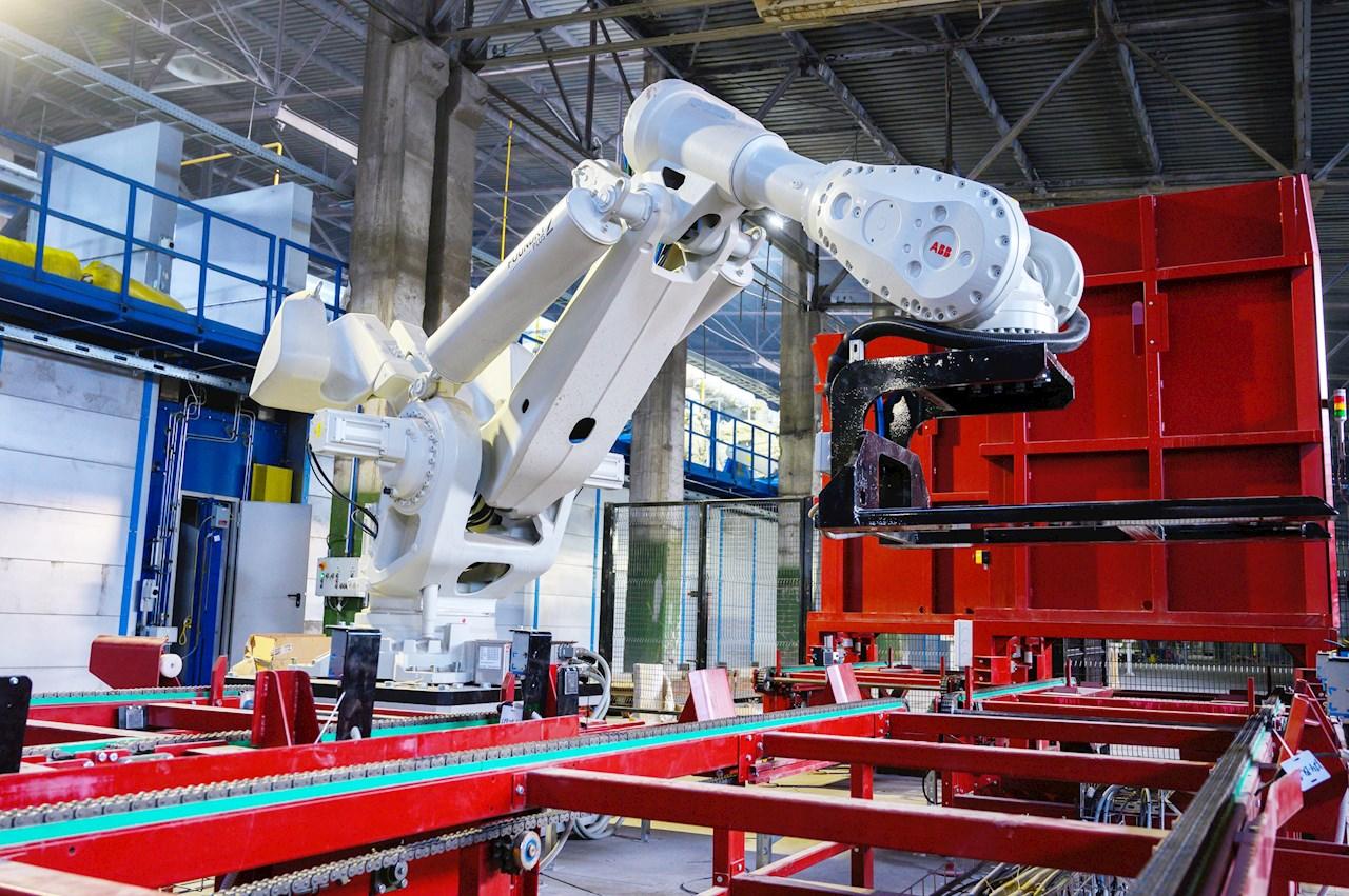 IRB 8700 на Саткинской производственной площадке