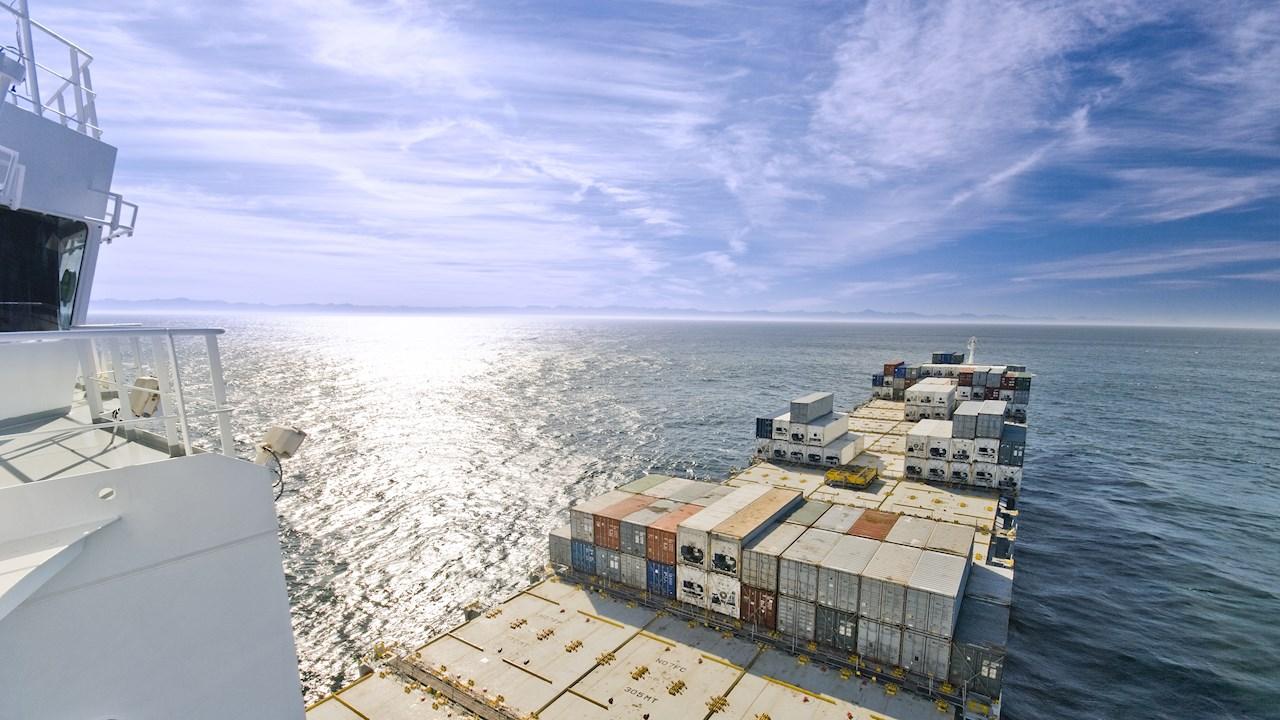 Neue ABB-Lösung zur Emissionsüberwachung hilft der Schiffsindustrie Klimaziele zu erreichen