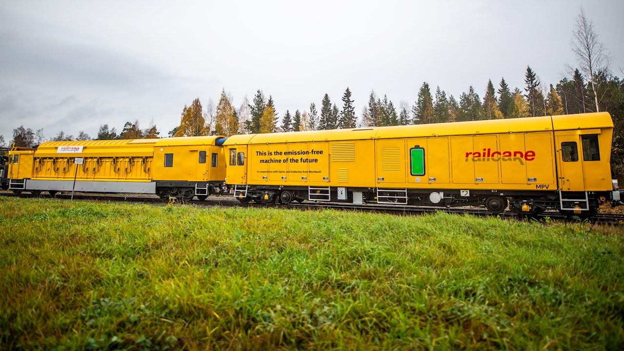 ABB encarrila la sostenibilidad del primer vehículo de mantenimiento ferroviario sin emisiones