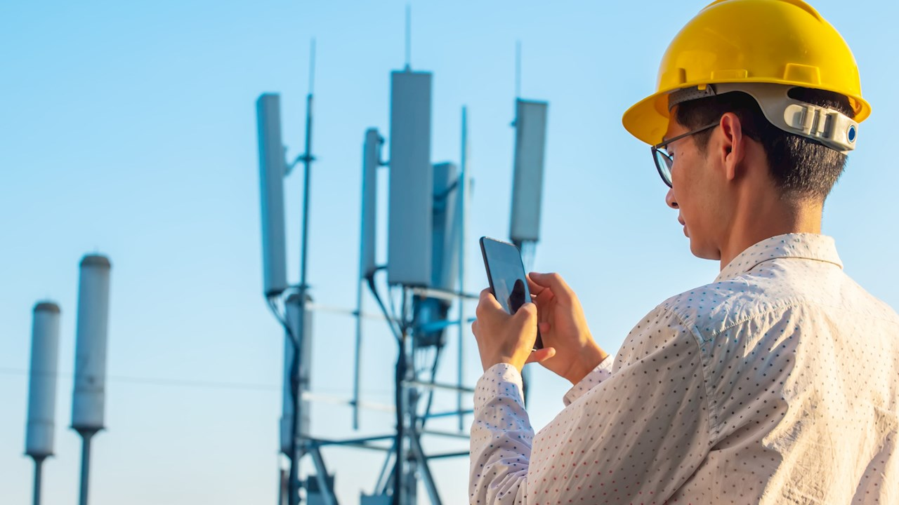 ABB to secure power supply for 5G mobile device manufacturer