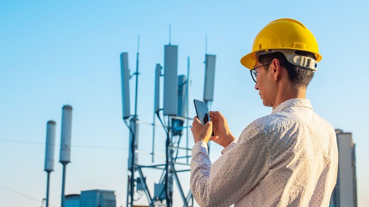 ABB stellt Stromversorgung für Hersteller von 5G-Mobilgeräten sicher