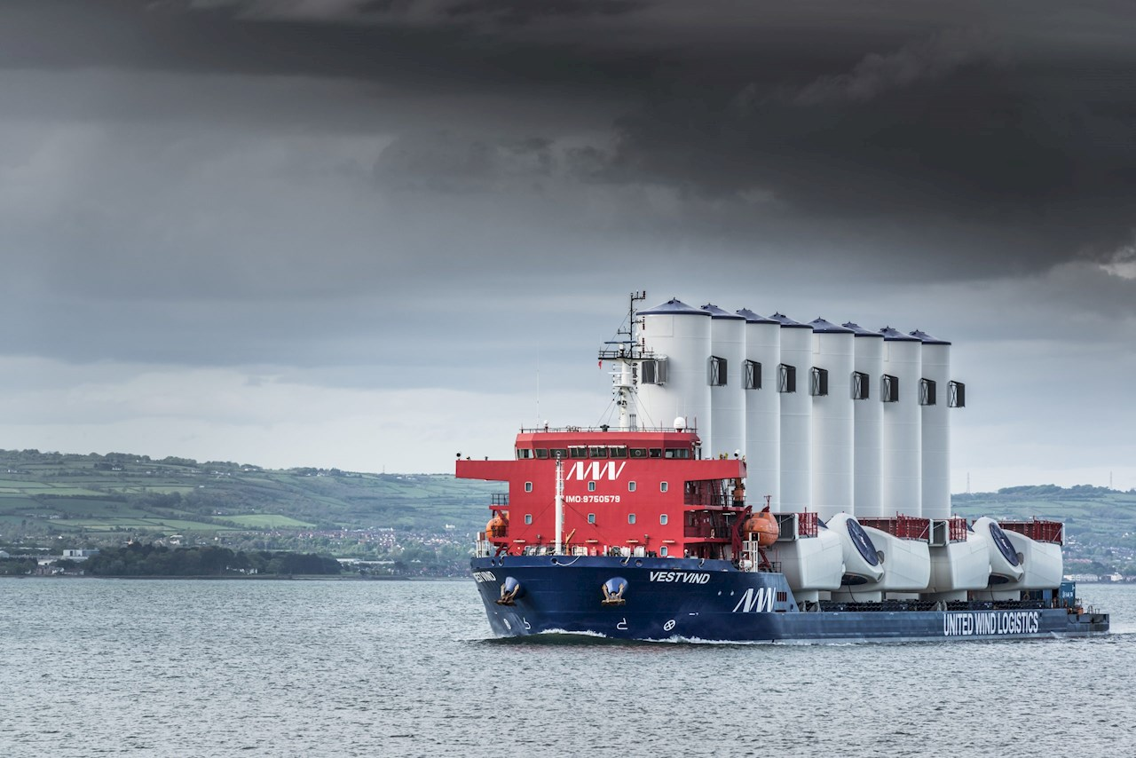 Module deck carrier VestVind will be able to increase its operational window with ABB software