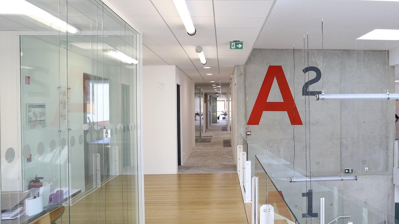 Allier l'aspect réglementaire, l'innovation technologique et le design avec les BAES d'ABB