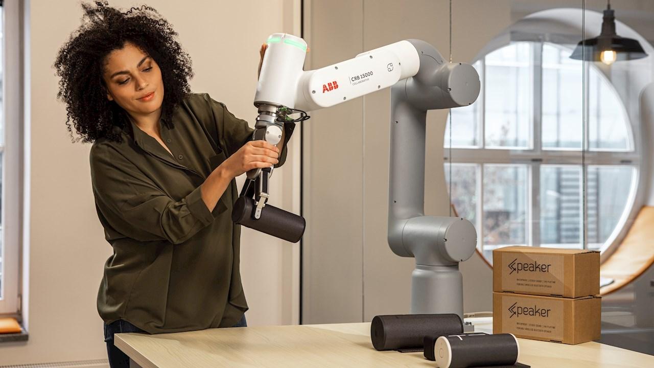 ABB, 5 kg'a kadar olan kolaboratif işler için, daha yüksek taşıma kapasiteli olan kobotu GoFa™'yı piyasaya sürüyor