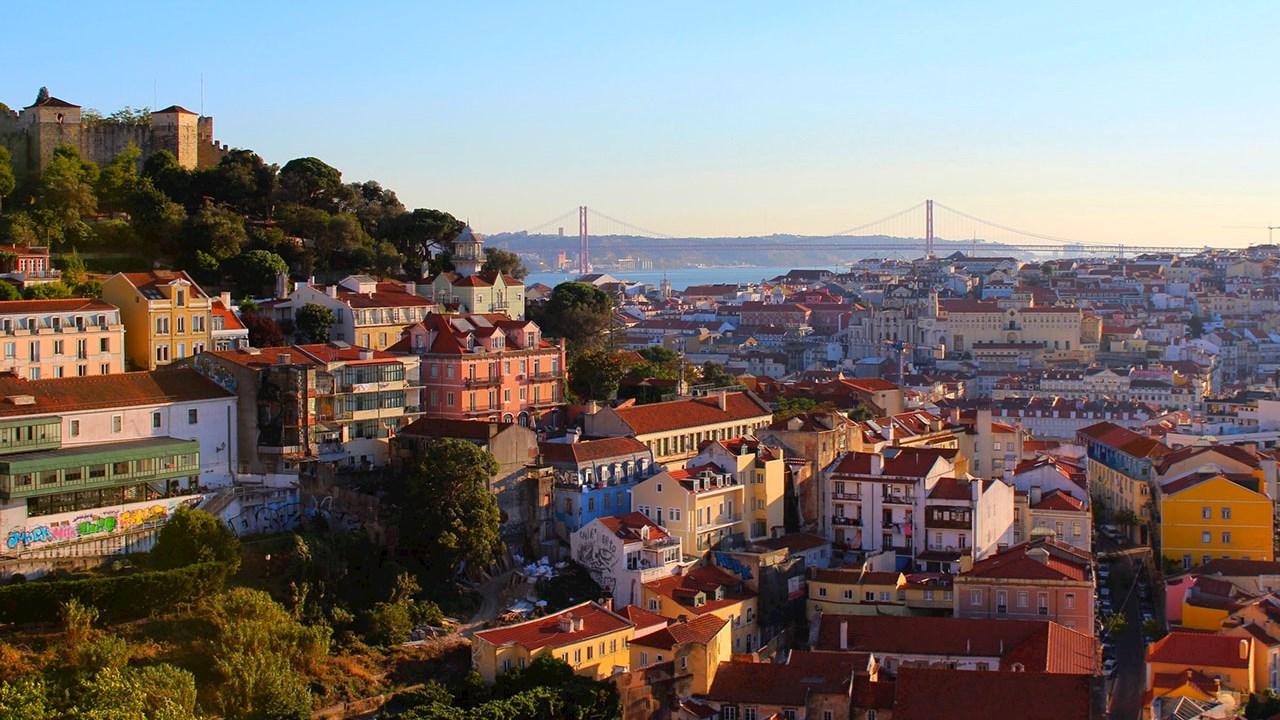 ABB setter kursen for bærekraftig elvetransport med ti elferger i Lisboa