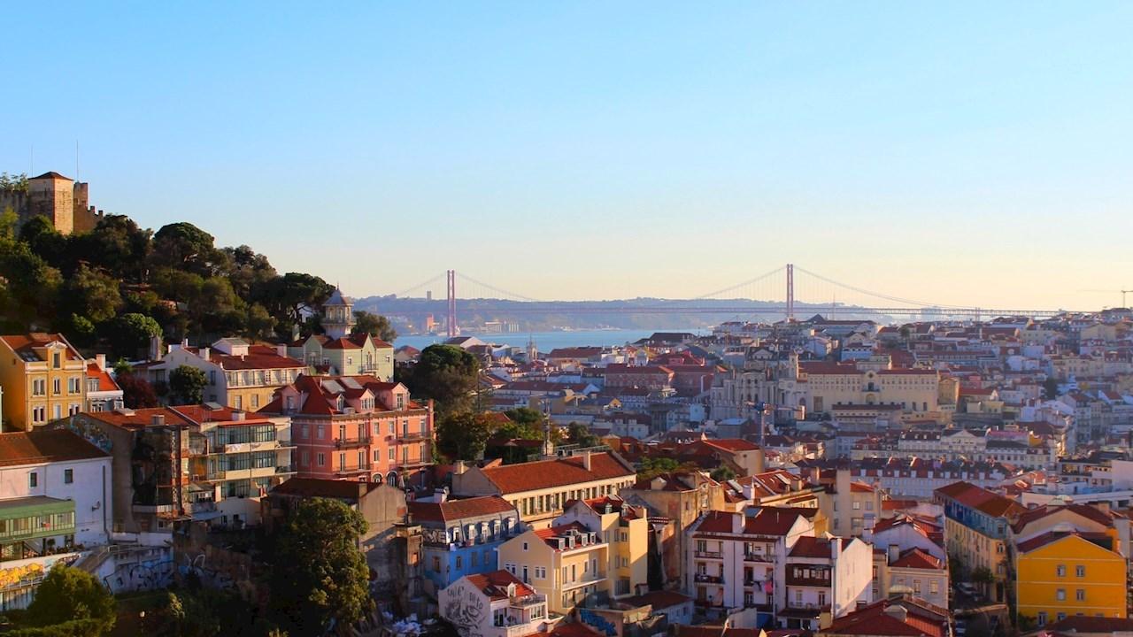 ABB met le cap sur le transport fluvial durable avec dix ferries entièrement électriques à Lisbonne