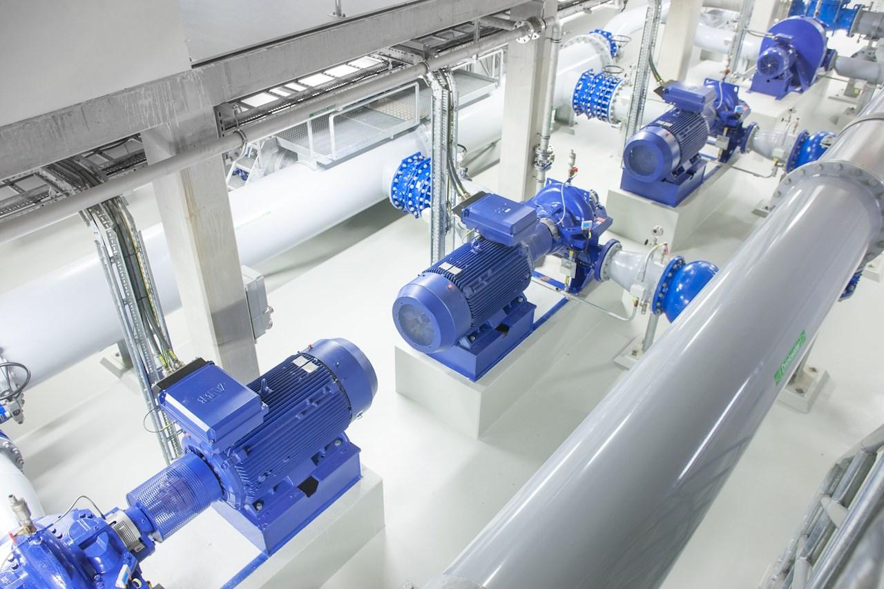 Em 2020, a ABB lançou o motor SynRM de eficiência ultra-premium IE5