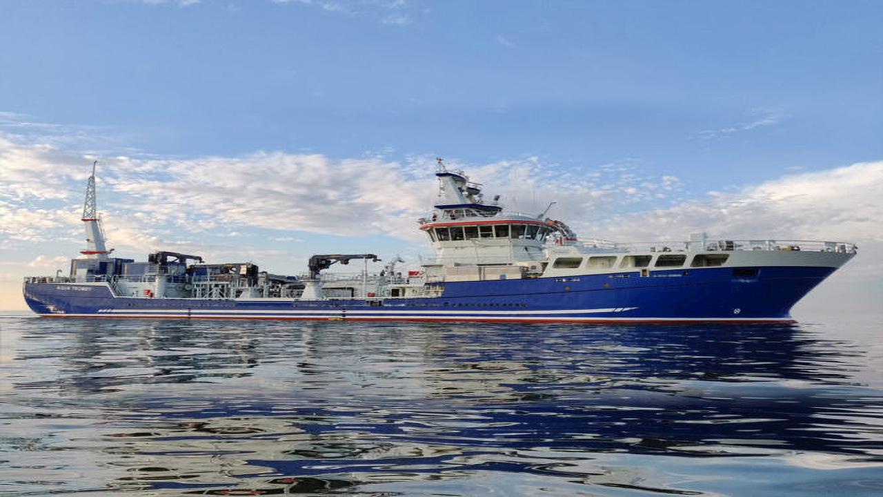 La réponse rapide d'ABB permet d'éviter des temps d'arrêt coûteux pour un navire d'aquaculture au Canada.