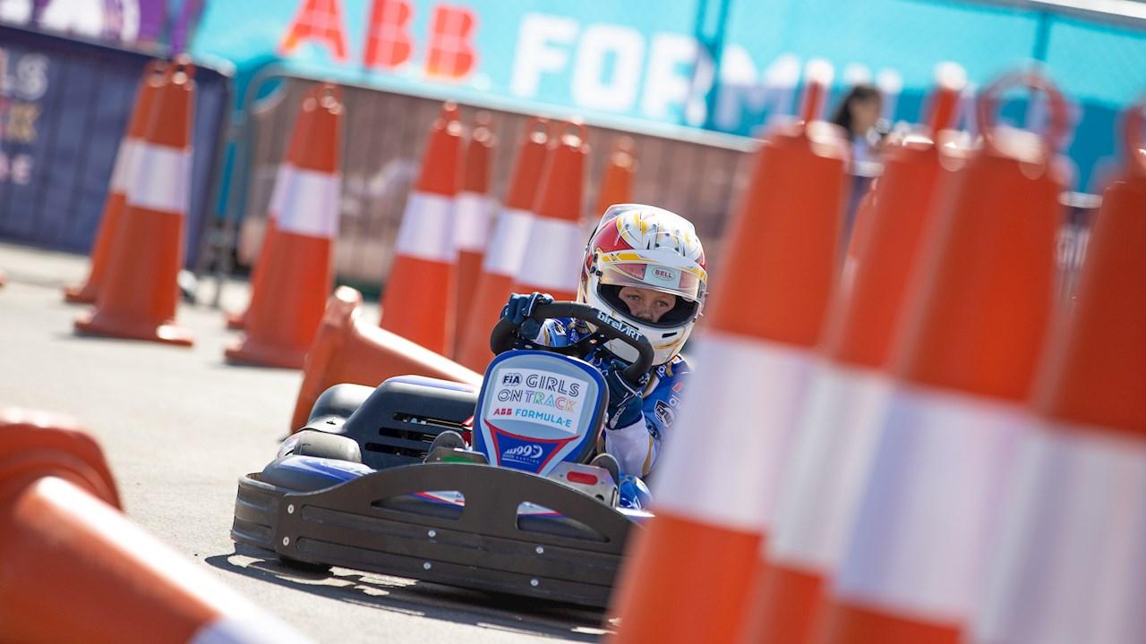 ABB anuncia su colaboración internacional con la iniciativa Girls on Track de la FIA