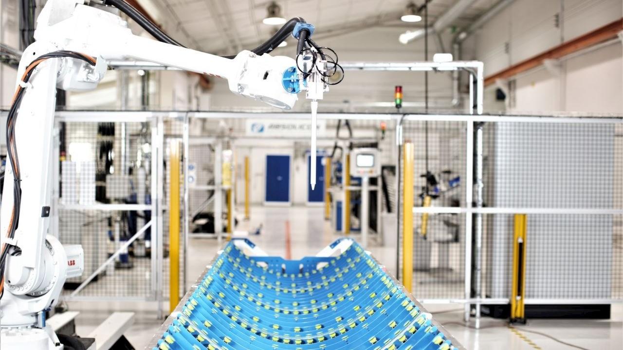 Roboter von ABB erhöhen Automation in der Solarindustrie