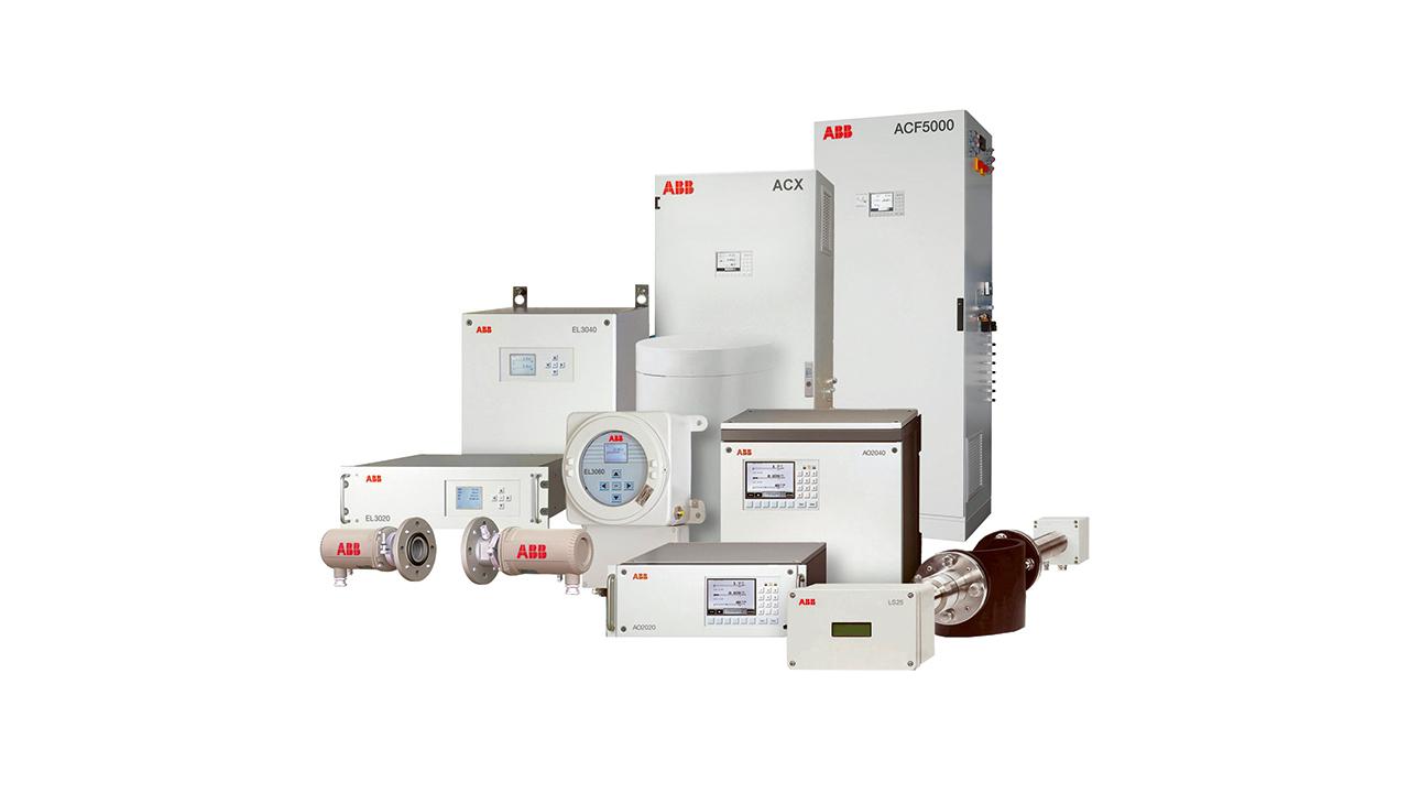 01 El mantenimiento preventivo a menudo se utiliza para mantener los analizadores de gases de ABB mostrados aquí en excelentes condiciones de funcionamiento. Los servicios digitales ABB Ability™ para analizadores de gases mejoran ahora la eficacia del mantenimiento preventivo y permiten su uso más generalizado.