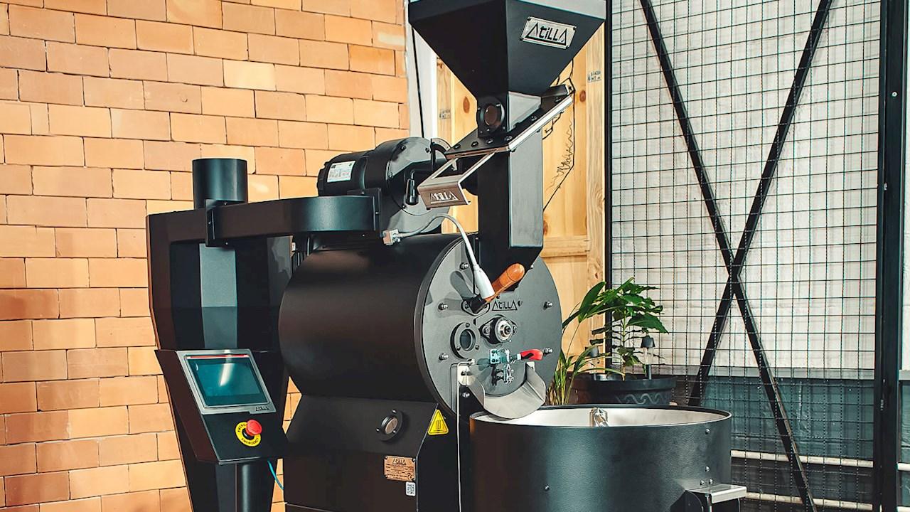Solução com IHM e inversores de frequência da ABB conferem confiabilidade e eficiência aos torradores de café da fabricante de Torradores Atilla