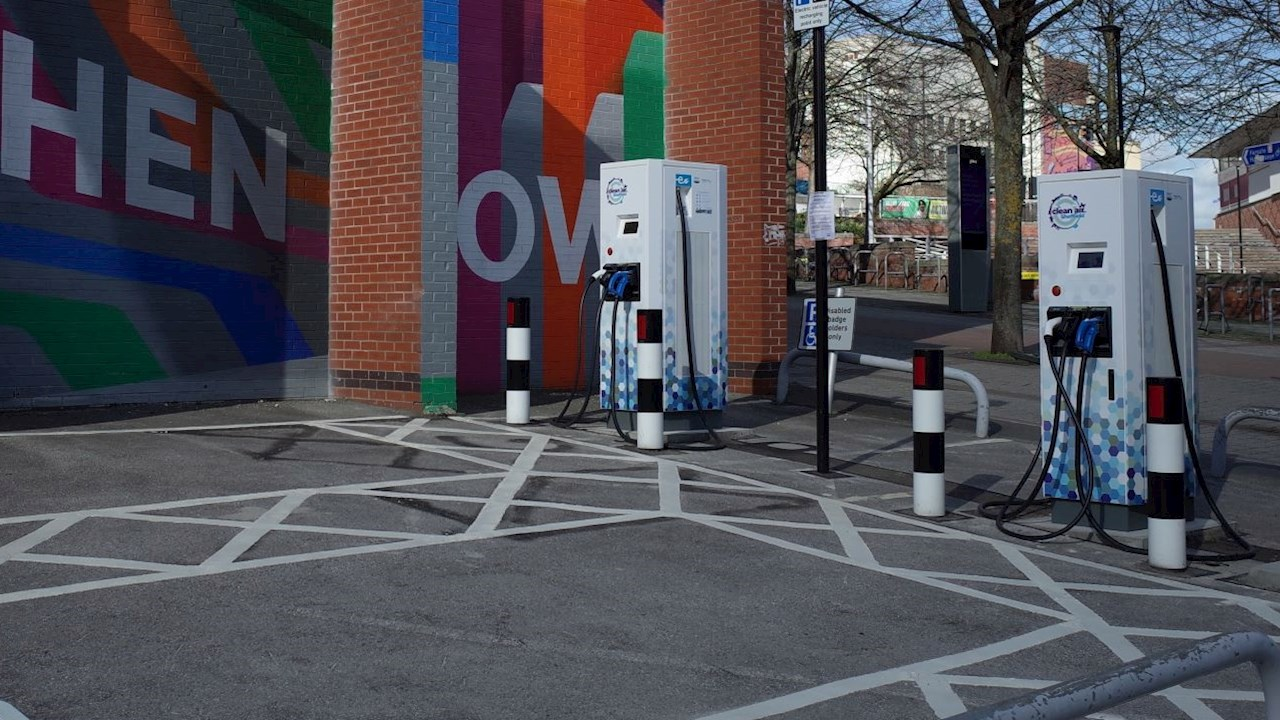 City of Sheffield to protect air quality with ABB electric vehicle chargers