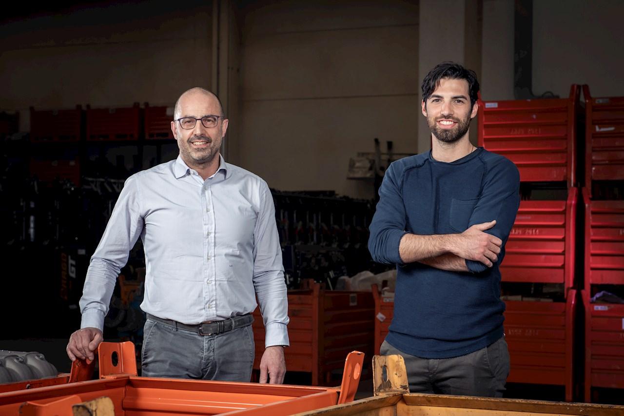 Lorenzo Carboni (titolare insieme alla sorella Daniela) e Francesco Imbimbo che si occupa della produzione in OLIMAC.