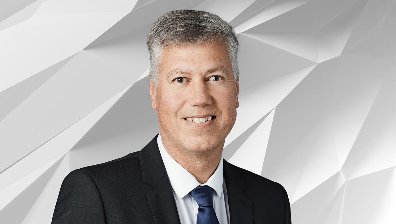 Høyeffektive motorer og frekvensomformere er sentrale i verdens usynlige klimaløsning, sier Morten Wierød, leder for ABB Motion.