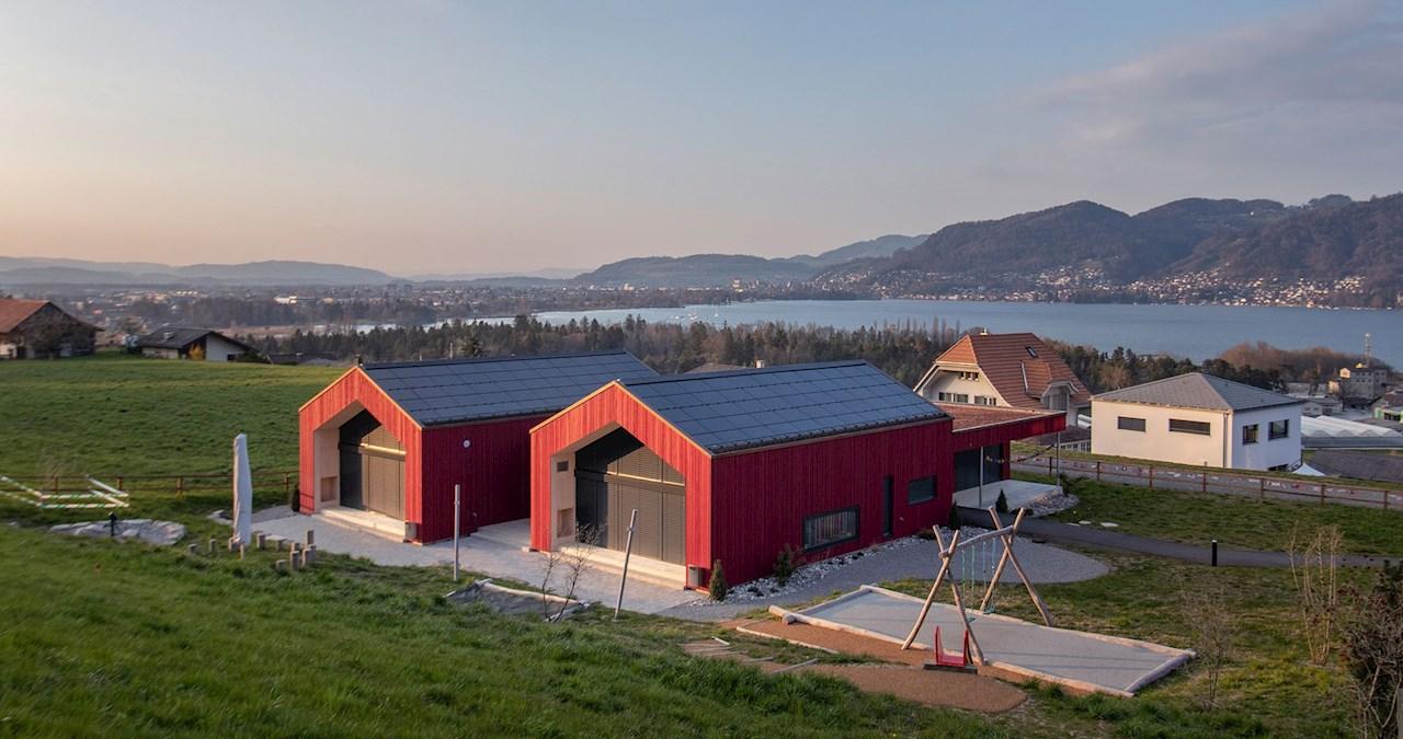 Ein Beispiel für ein Solardach von 3S Solar Plus: Kindergarten in Einigen.