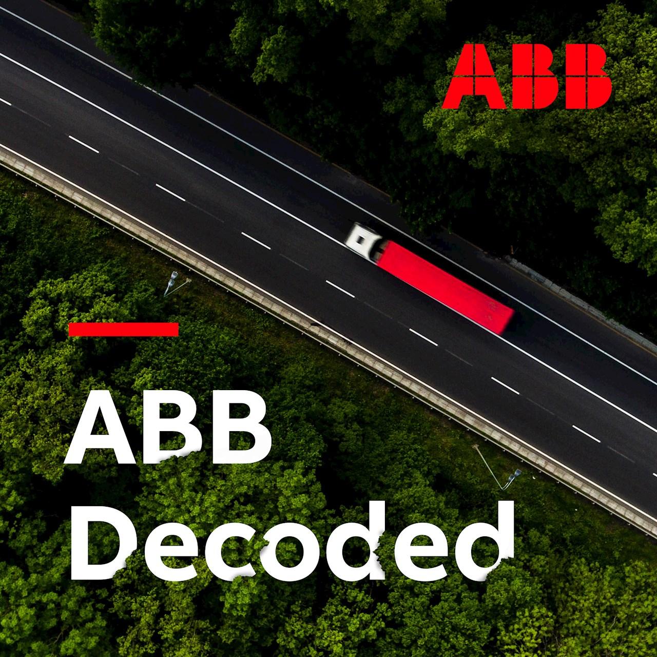 El último episodio del podcast en inglés ABB Decoded aborda la importancia de la electrificación de las flotas de vehículos.